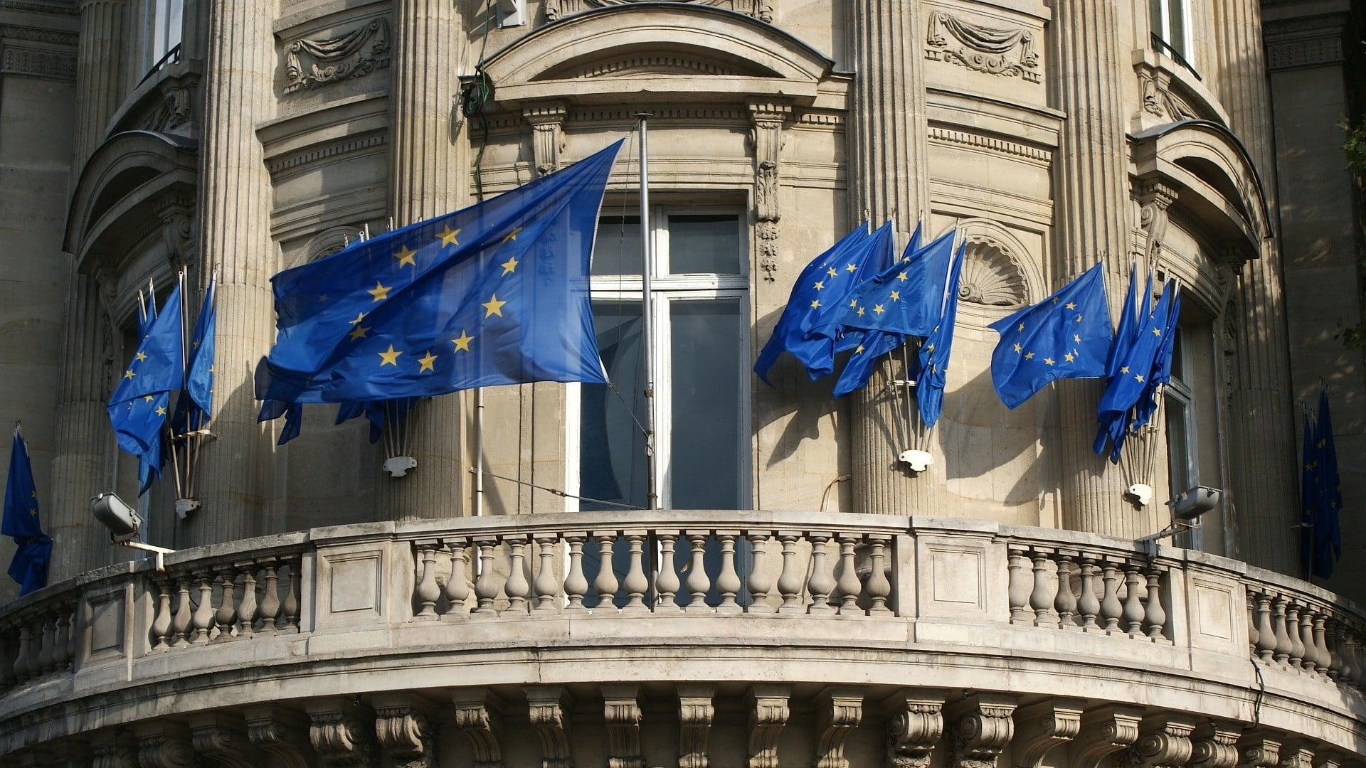 L'Europe ouvre-t-elle la porte à la surveillance biométrique de masse ?