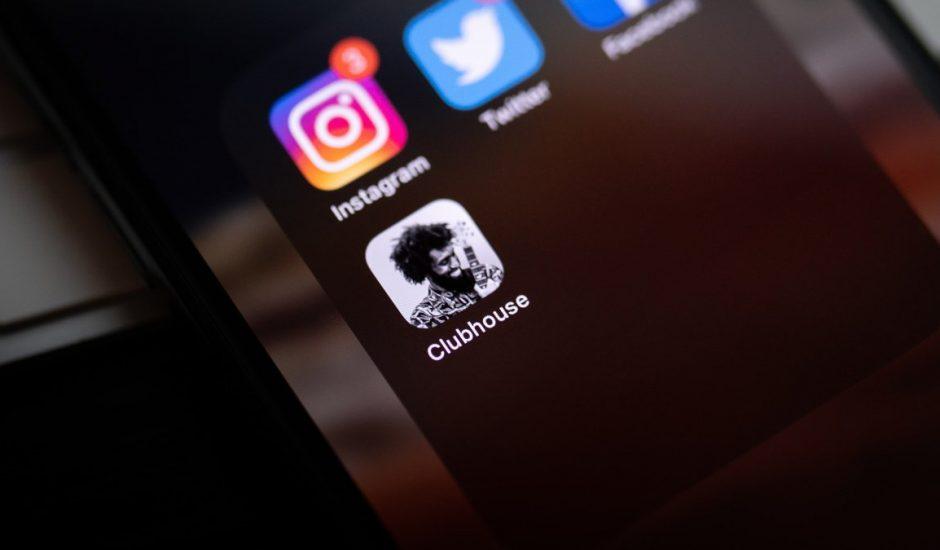 Clubhouse va ouvrir les messages privés