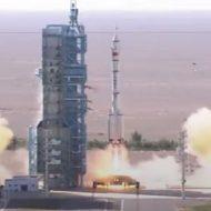 Une fusée chinoise en train de quitter son pas de tir
