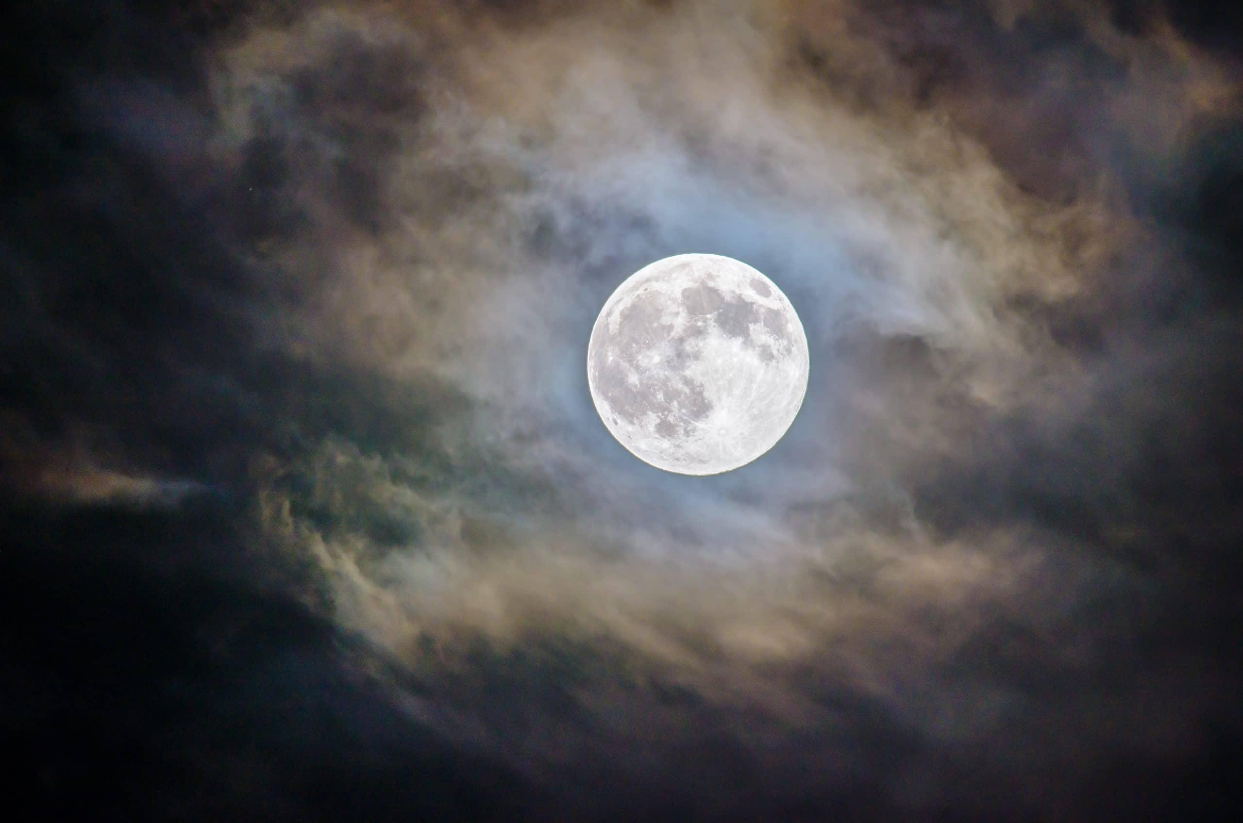 Le Japon va envoyer un rover lunaire de la taille d'une balle