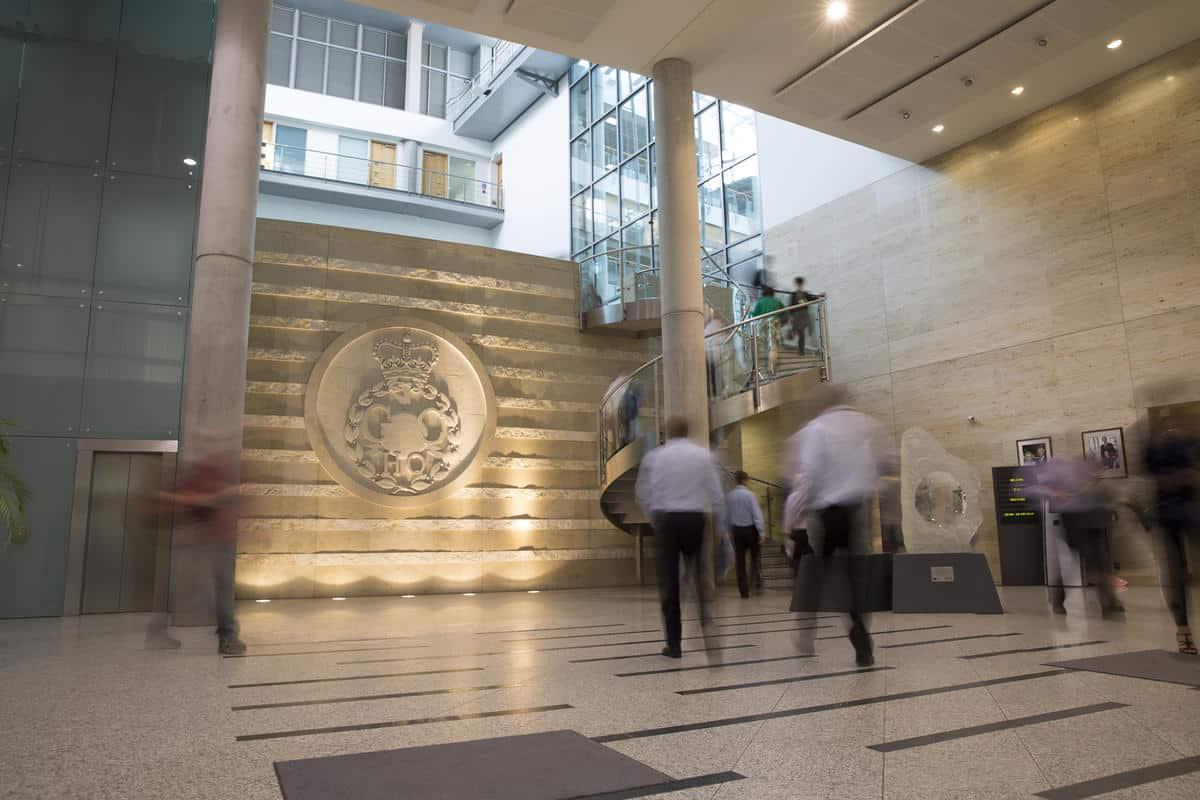 Lindy Cameron, patronne du GCHQ, déclare que les ransomwares constituent la plus grande menace criminelle en 2021