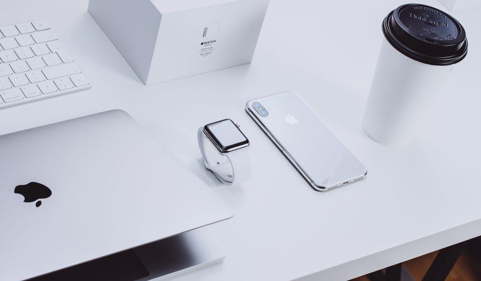 Photographie de produits Apple qui ont pu faire l'objet d'un post de la part du leaker Kang.