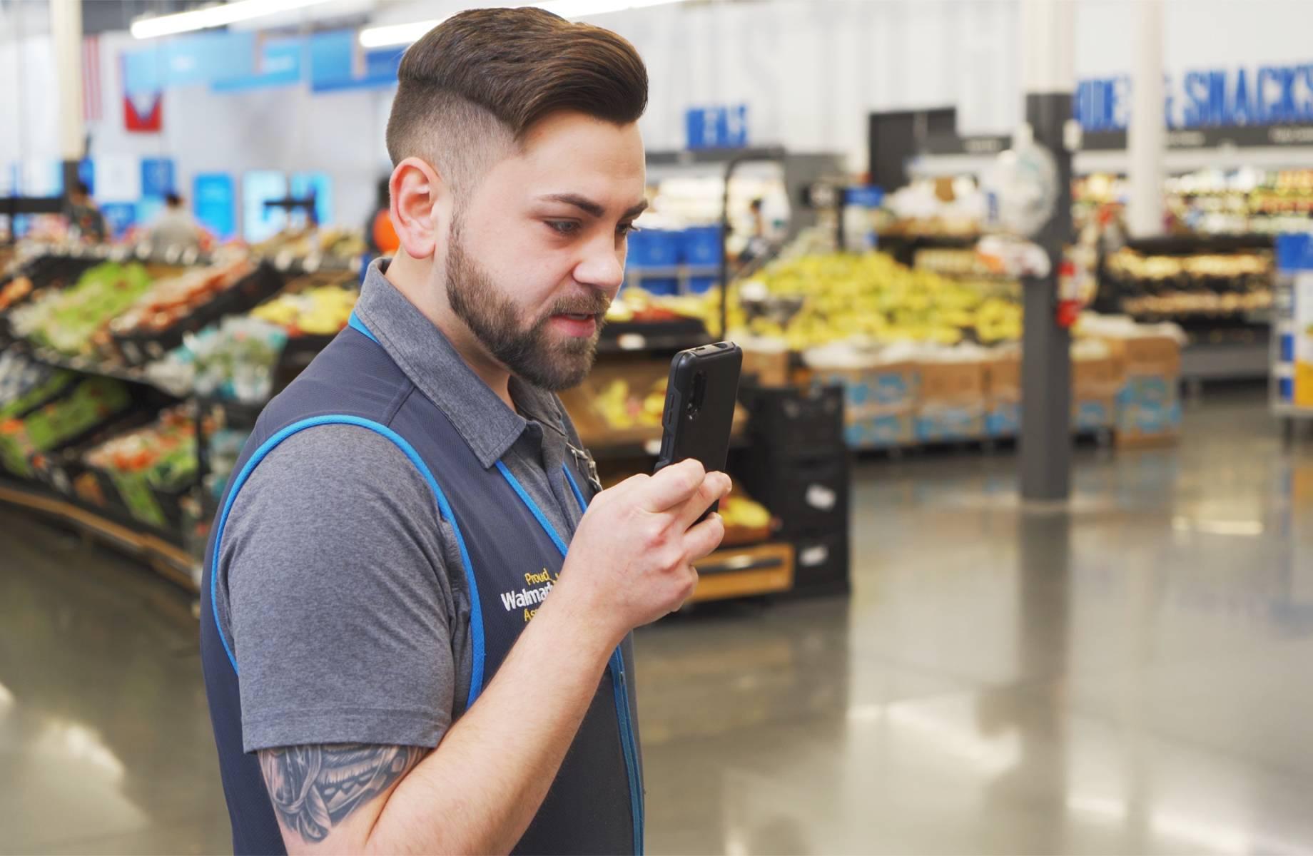 Walmart va offrir un smartphone à 740 000 de ses employés