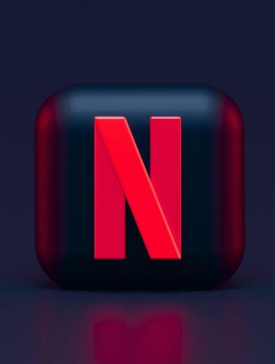 Le logo de Netflix en 3D.