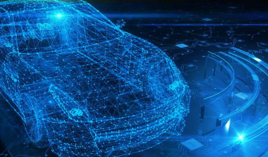 Une voiture recouverte de capteurs dédiés à la conduite autonome.