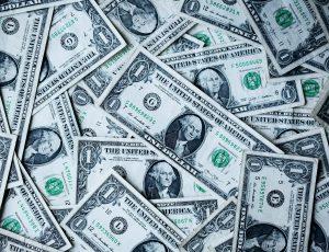 des dollars américains
