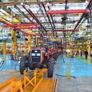 une chaîne de production de machine agricole
