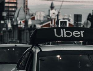 Les conditions de travail des chauffeurs Uber s'améliorent aux Pays-Bas.