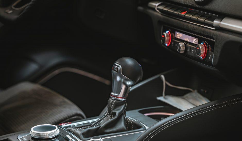 l'intérieur d'une Audi S3 Limousine