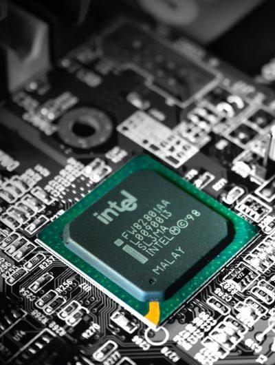 puce Intel