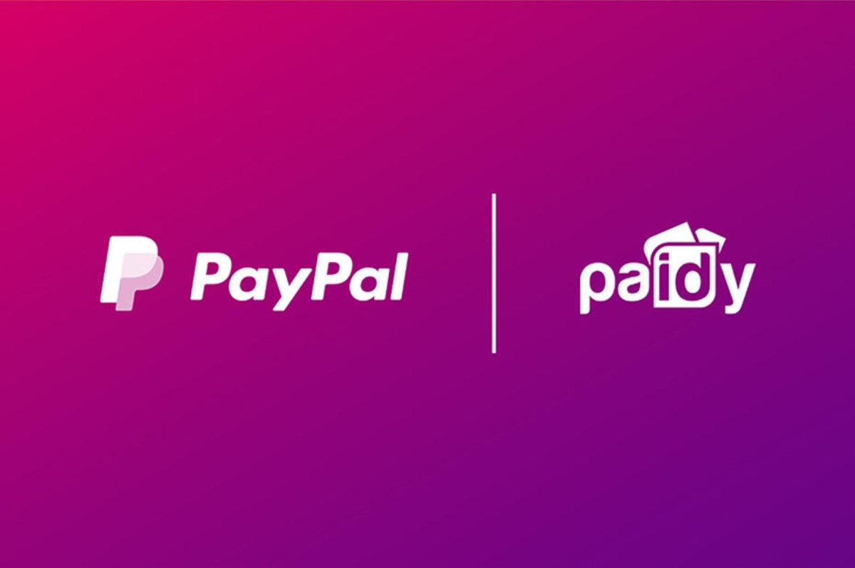 Logos des sociétés Paypal et Paidy en blanc sur fond violet