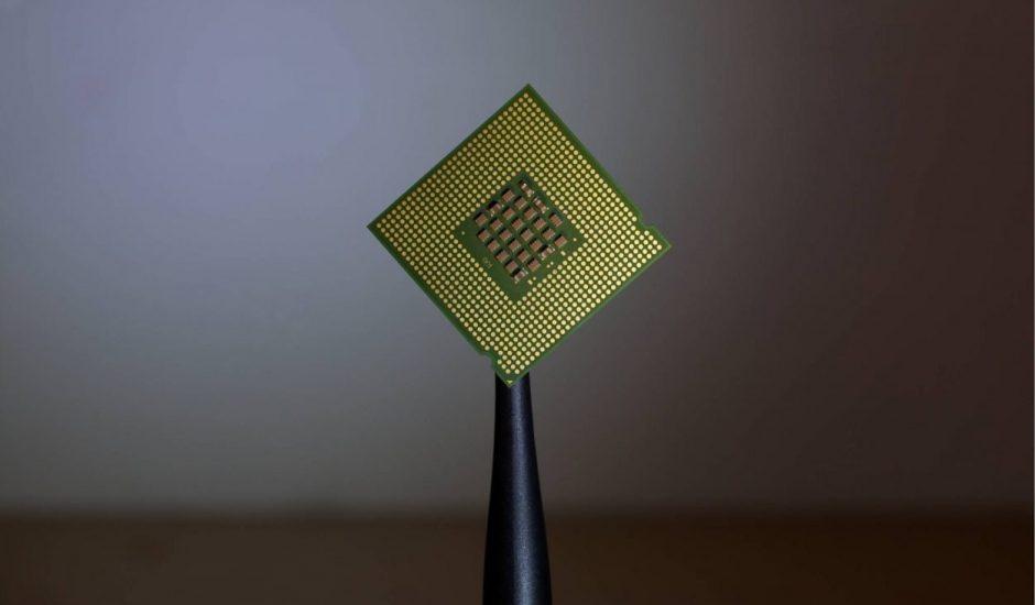 Une puce électronique, ou semi-conducteur